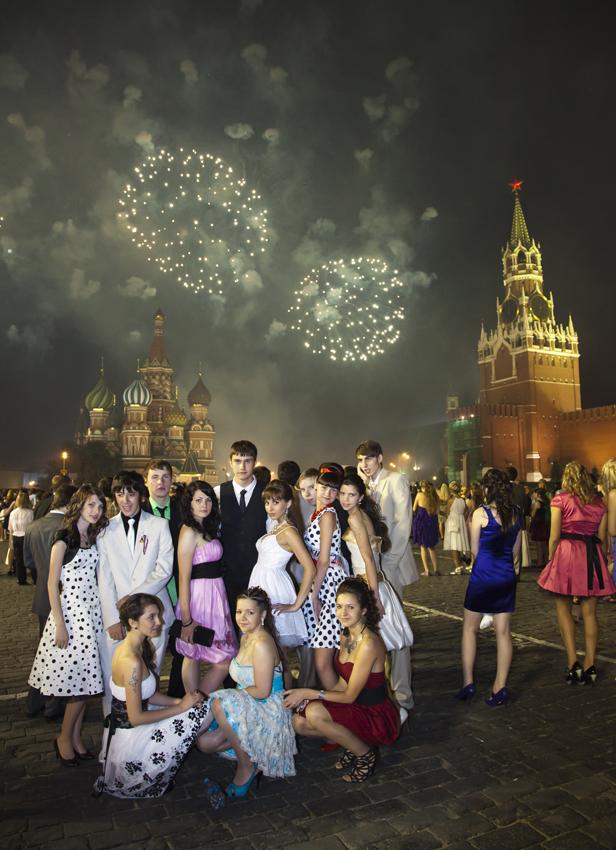 ФОТОСЪЁМКА ВЫПУСКНИКОВ.Салют на Красной площади